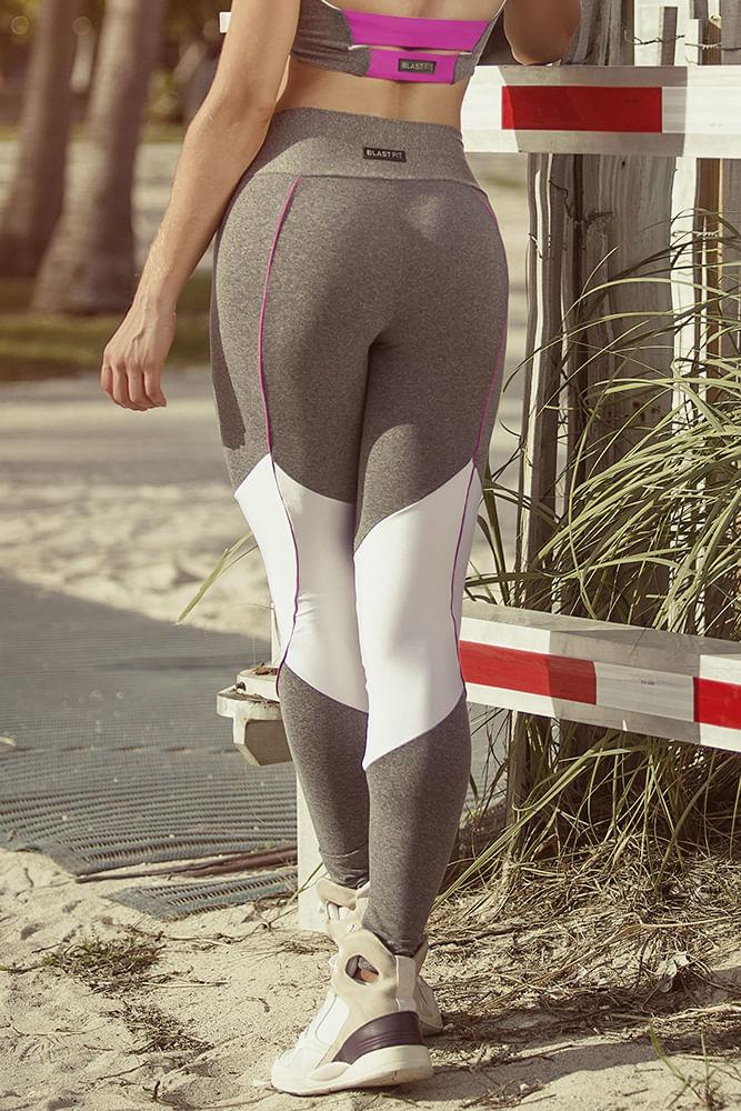 Legging Fitness Mescla e Branco costas