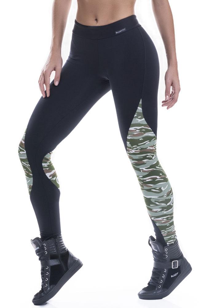 Legging Fitness Preta e Camuflada