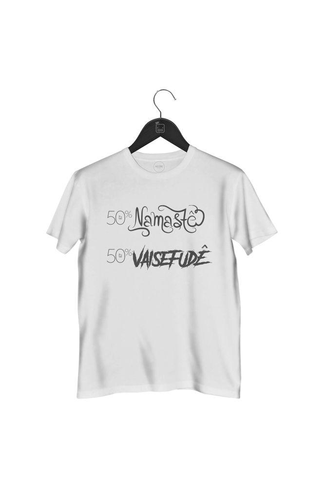 camiseta-50-por-cento-namaste-por-cento-vaisefude-masculina-branca